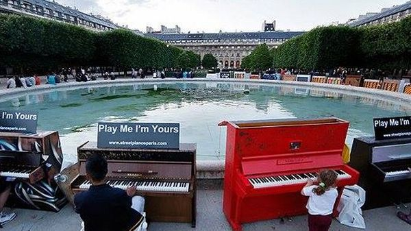 شهرهایی که با پیانوهای خیابانی فضاهای عمومی را متحول کردند